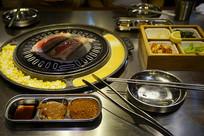 韩国烧烤餐厅餐具和厨具