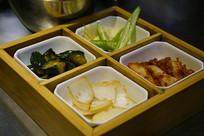 韩国烧烤餐厅-小菜食盒