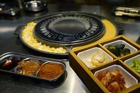 韩式烧烤餐厅-餐具和厨具