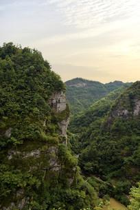 穿岩十九峰的山景