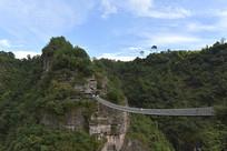 新昌十九峰风景区的飞龙栈桥
