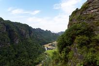 新昌十九峰景区的千丈坑