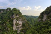 新昌十九峰景区的青山风光