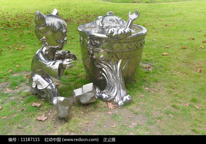 司马光砸缸传统文化雕塑图片