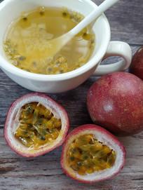 黄心百香果水果茶