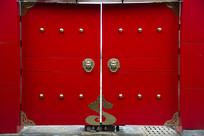 复古红色大门