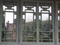 古建筑中的窗户