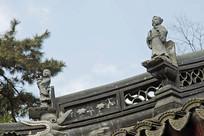 苏州枫桥古镇寒山寺房檐砖雕