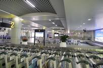 长沙黄花国际机场到达厅手推车