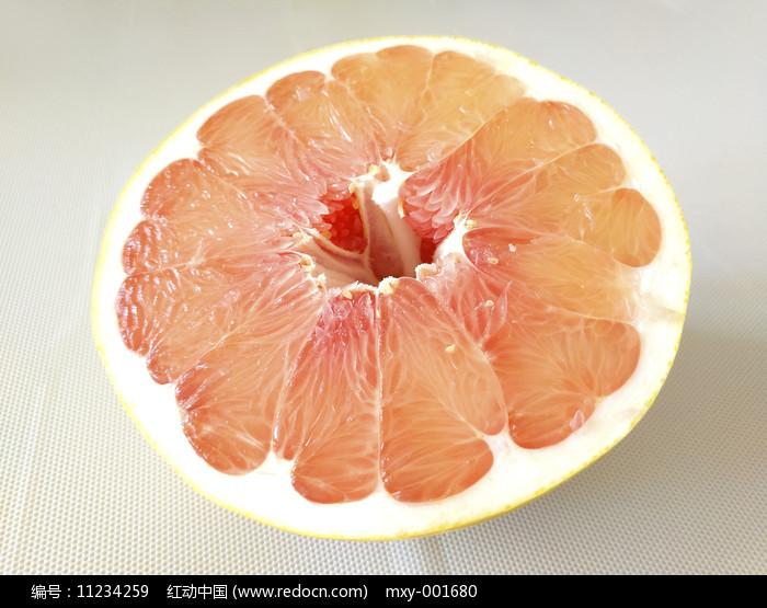 一半红心柚图片