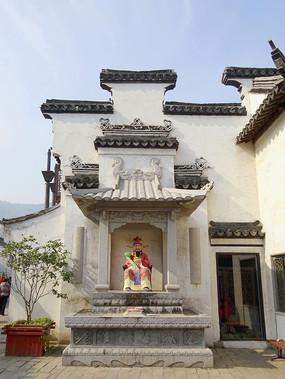无锡惠山古镇徽派建筑及财神神龛