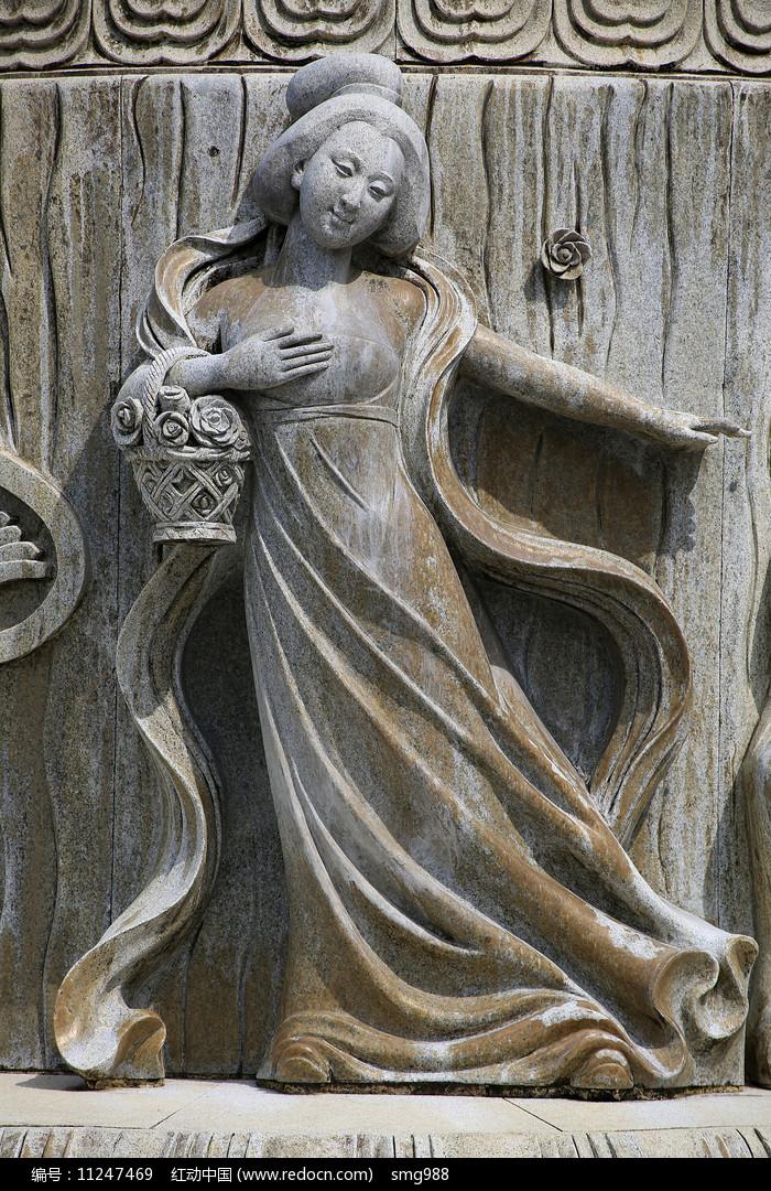 唐代美女雕像图片
