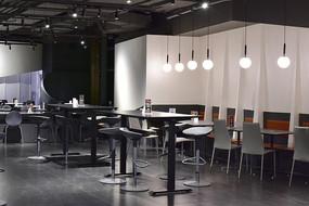 现代风格的咖啡厅