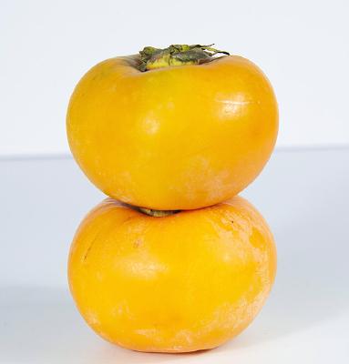 重叠的柿子