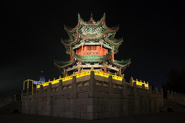 辉县文昌阁夜景