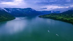 航拍喀纳斯湖风光
