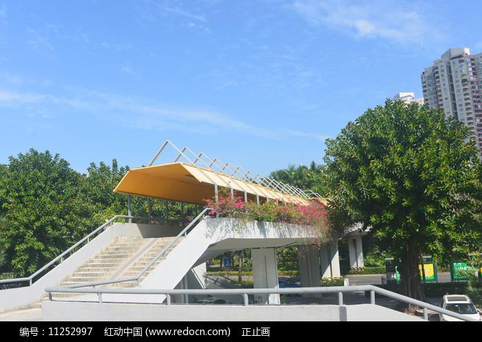 深南大道-何香凝美术馆天桥 图片