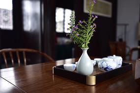 室内的花瓶