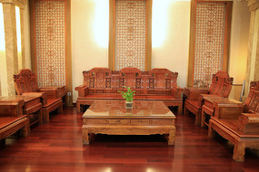 传统中式木雕沙发