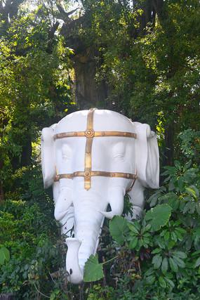 深圳锦绣中华南滨古榕大象雕塑
