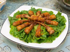 绿色蔬菜家常菜五花肉金针菇卷