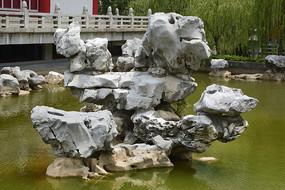 水景太湖石