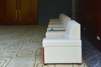 会议厅沙发及地毯陈设