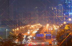 城市夜晚道路交通深圳布龙路延时摄影