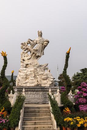 玫瑰花仙子雕像