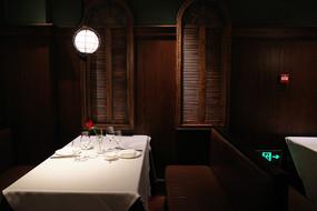 高档酒店餐桌灯光