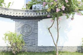 中式砖雕庭院