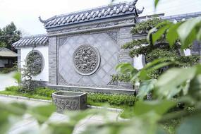 新中式院落别墅雕刻