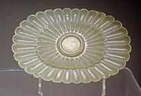 青玉菊花式盏托