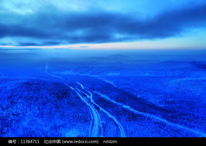大兴安岭冬季森林冰雪风光图片