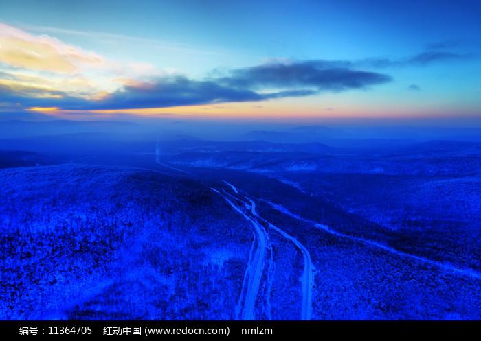 大興安嶺林海雪原暮色圖片