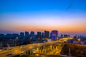 蓝调济南腊山立交桥