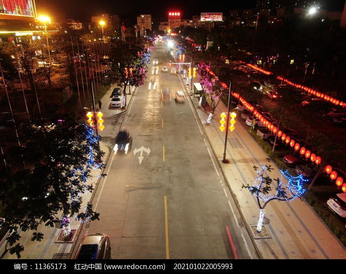 阳春市东湖公园过年街道航拍图片