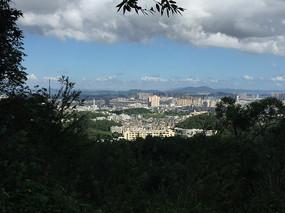 新會圭峰山俯瞰會城