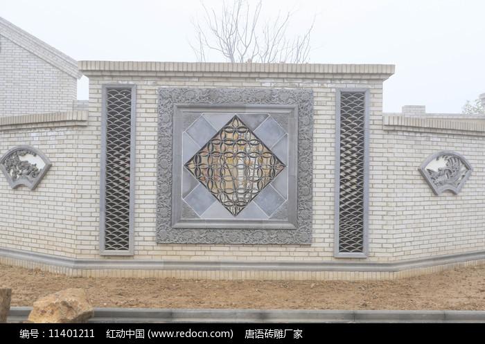 墻壁雕刻圖片