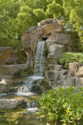 上海古猗园盆景园喷泉瀑布