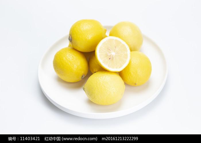 一盤檸檬圖片