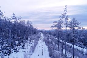 大兴安岭林海雪原山路风景