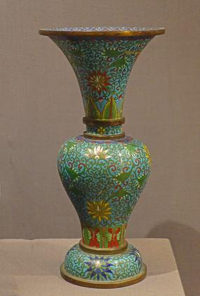 清代景泰蓝觚形瓶