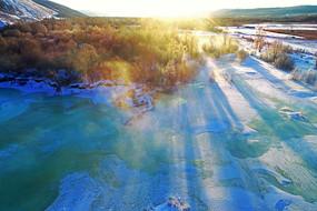 大兴安岭冬季雪域冰河晨雾朝阳
