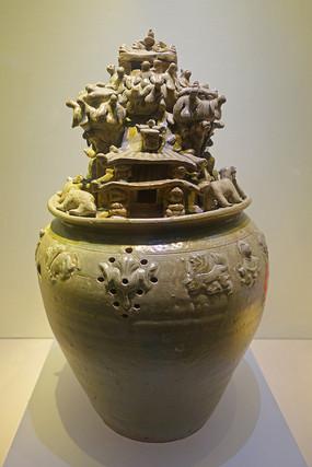 西晋青瓷鸟兽人物堆塑罐