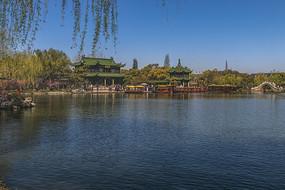 扬州瘦西湖熙春台