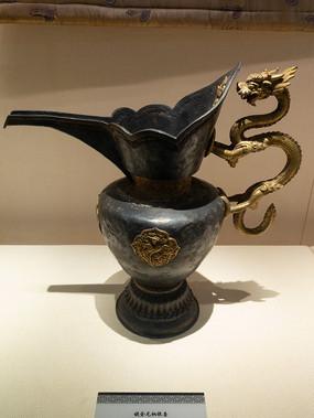 民国藏族镀金龙柄银壶