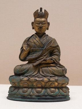 清代藏族第七世噶玛巴确札嘉措铜像