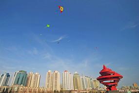 青岛雕塑五月的风和满天风筝