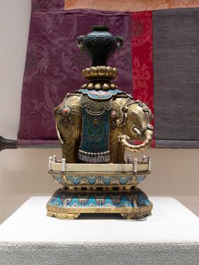 民国藏族景泰蓝象烛台